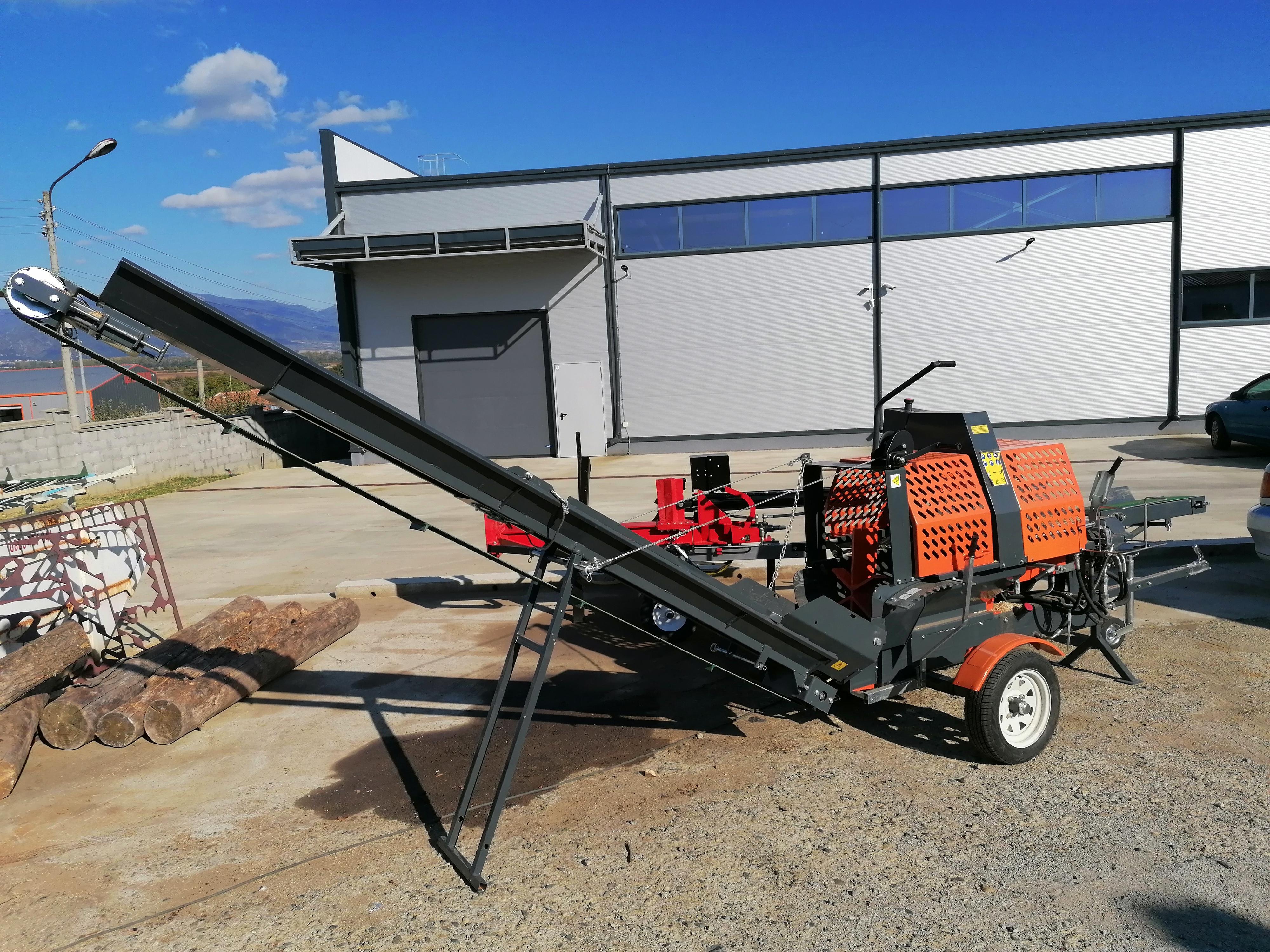 Процесор за рязане, разцепване и товарене на дърва за огрев